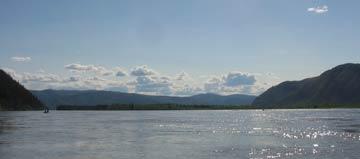 Zusammenfluß mit dem White River - eine endlose Weite